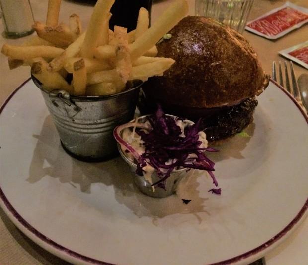 Maxwell's burger.JPG